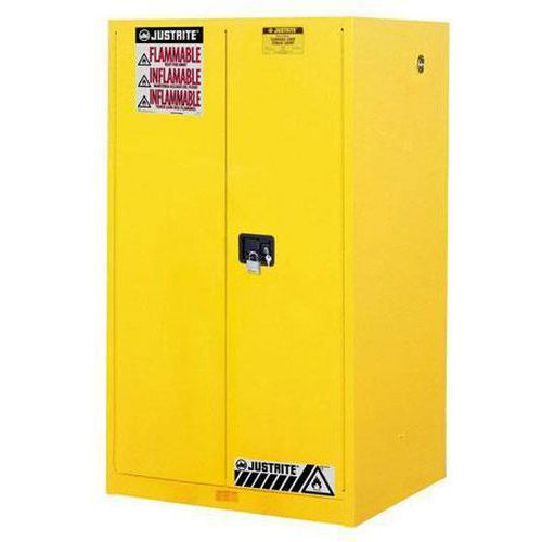 Justrite Large Flammable Storage - 1651x864x864mm