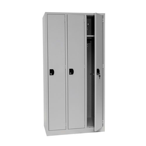 Manutan Nest of 3 Single Door Lockers - 1800x885x500mm