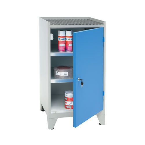 Manutan 2 Shelf Cupboard With Feet - 1020x533x500mm