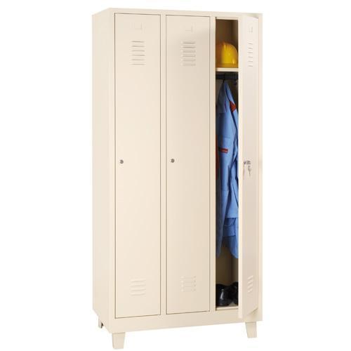 Storage Lockers - 3 Nest with Feet Beige Body & Cylinder Lock - 1900x885x500mm