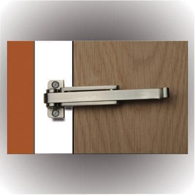 Door restrictor satin nickel bienvenue manutan fournitures for Door restrictor