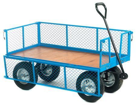 Timber Platform Turntable Truck with Mesh Sides
